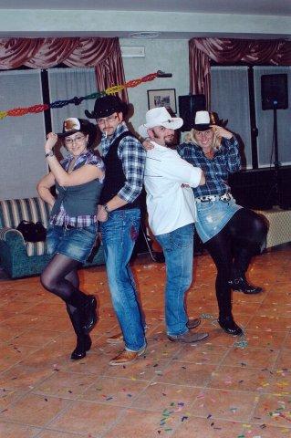 festa country con la maestra tania e i suoi crazycow