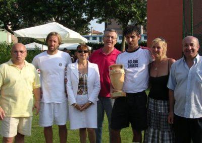 foto di gruppo con il vincitore g. rossanigo